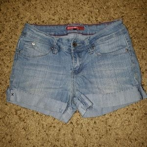 YMI Wanna Betta Butt Junior's Jean Short Size 7